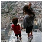 Стеклянный балкон на 103-м этаже в Чикаго, США