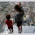 balkon103 8 150x150 Стеклянный балкон на 103 м этаже в Чикаго, США